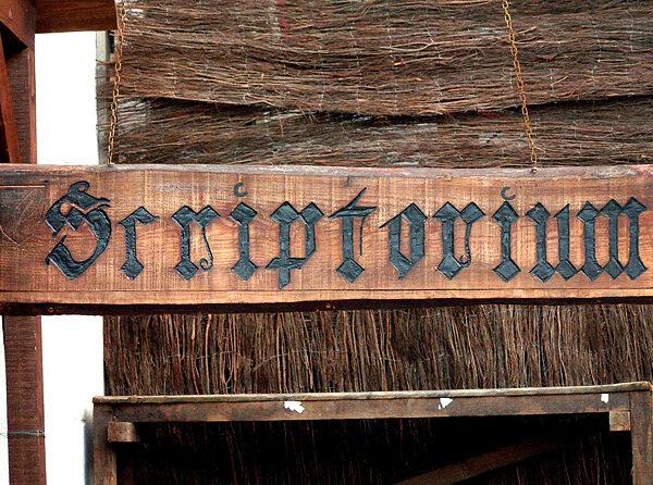 01_scriptorium